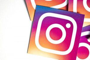 cara membagikan postingan ke story instagram
